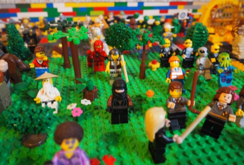 illuminated Lego table