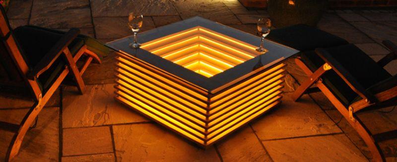 Sqill Illuminating Coffee Table