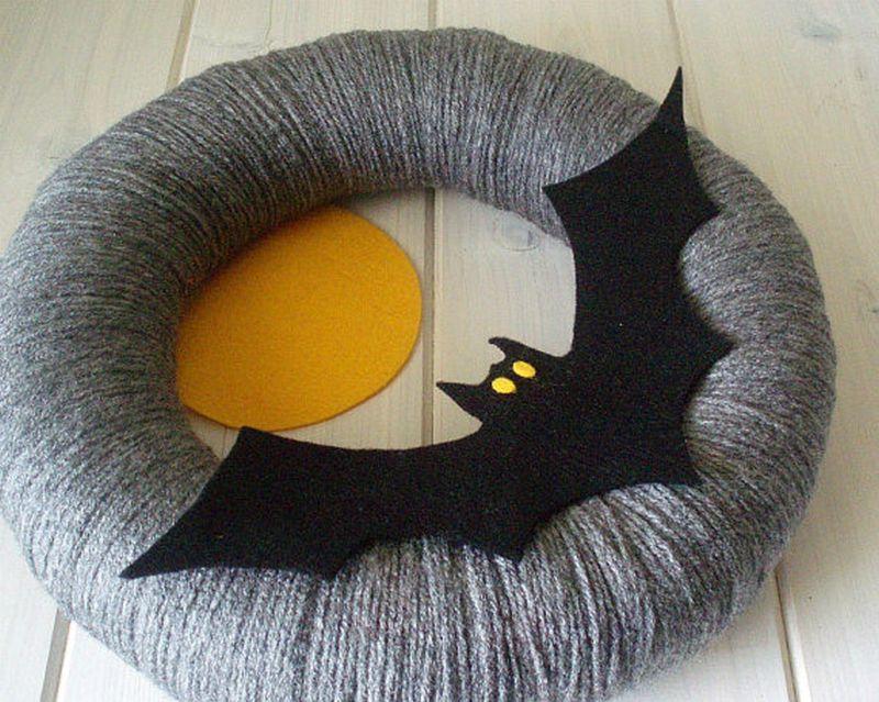 Halloween Yarn bat wreath
