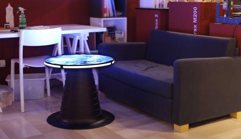 Microcromo coffee table