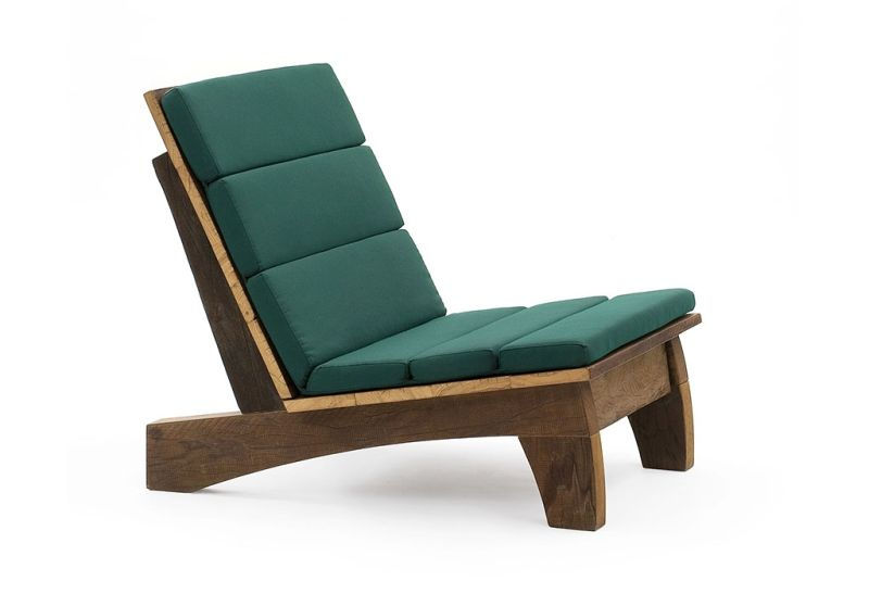 Reclaimed wood-made chair