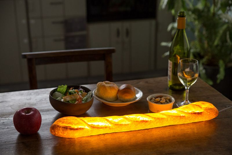 Pampshade lamp made with bread