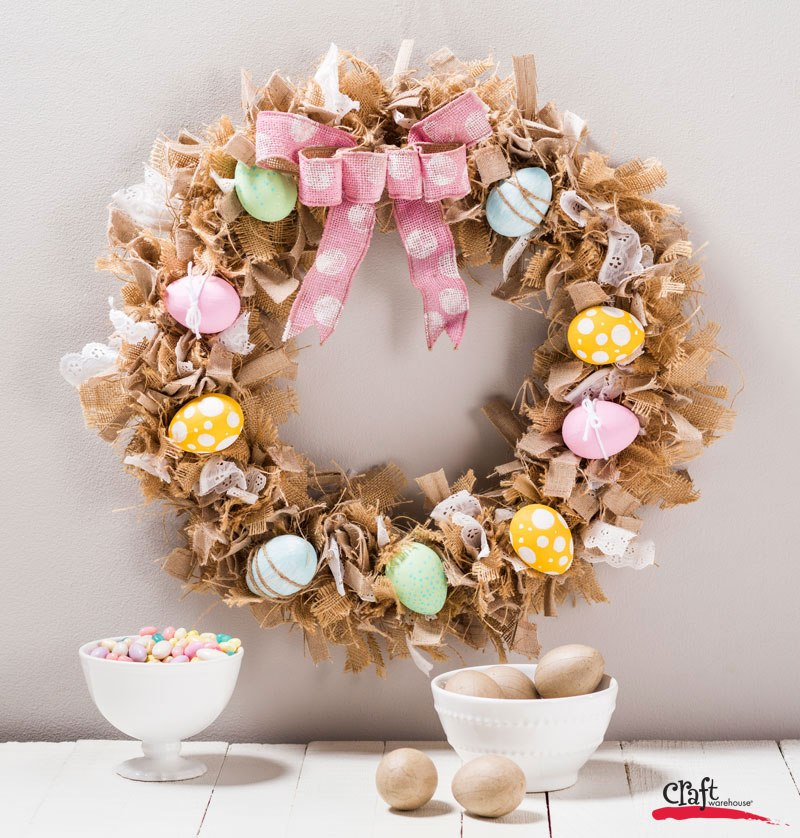 DIY Bird's Nest Burlap Rag Halloween Wreath