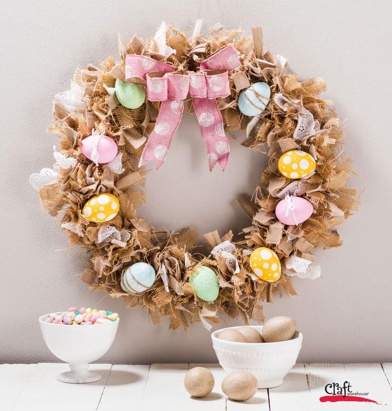 DIY Bird's Nest Burlap Rag Halloween Wreath