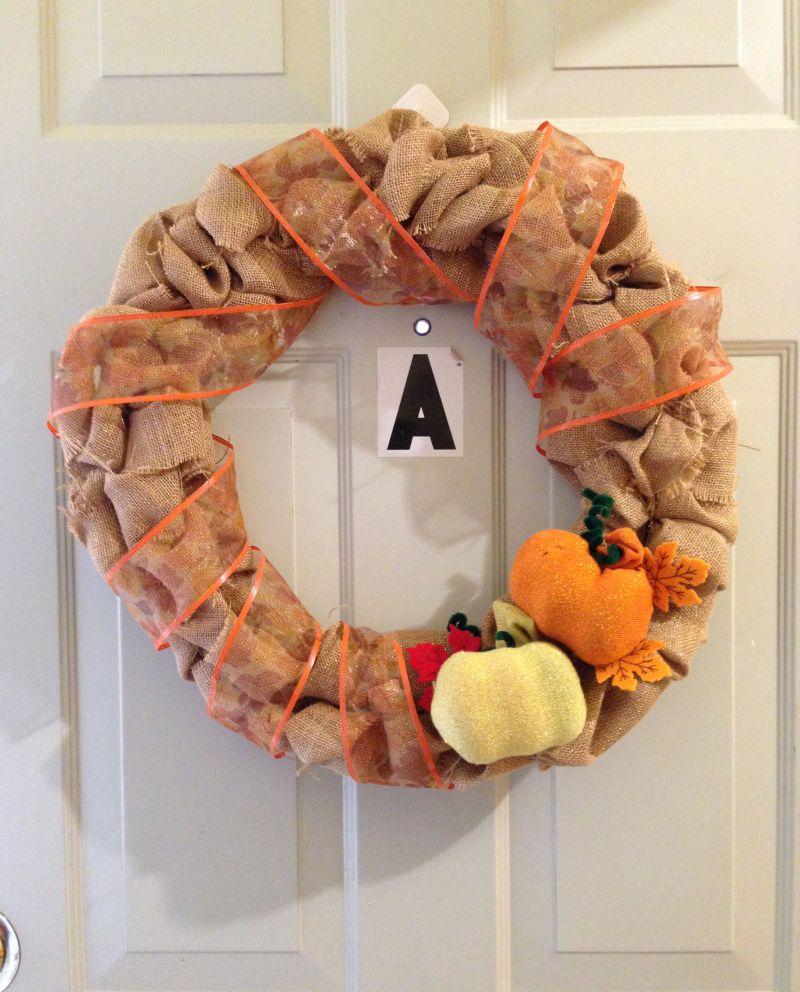DIY Burlap Wreath with DIY pumpkin