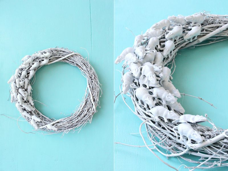 DIY white Rat Wreath