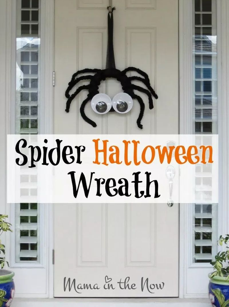 Googly Eyed Spider Wreath
