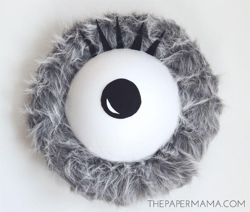 Monster Eye Halloween Wreath