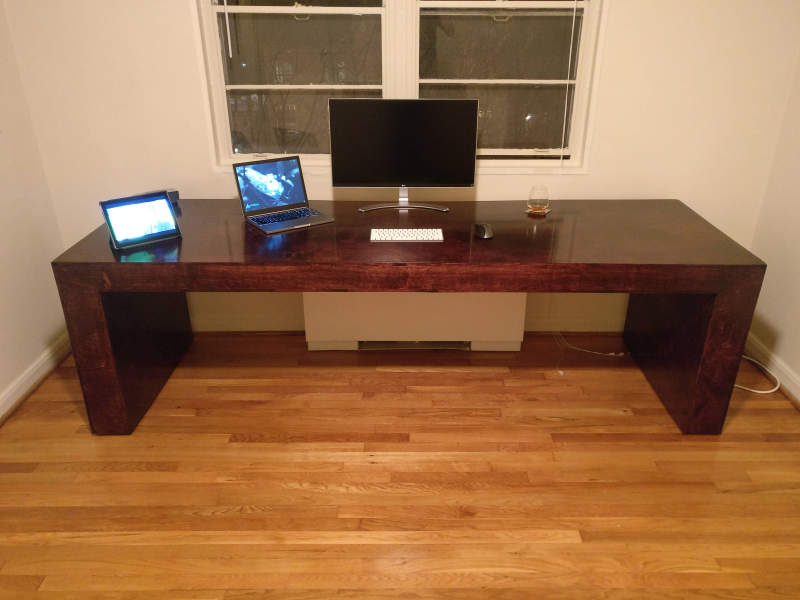 Redditor builds height-adjustable desk for under $400