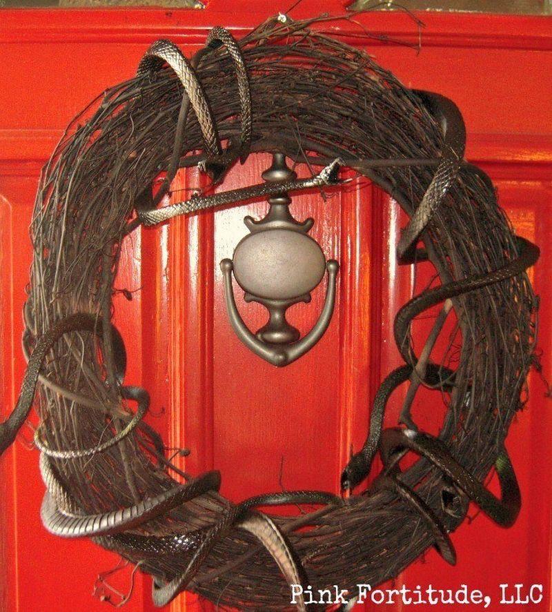 Scary DIY Snake Wreath