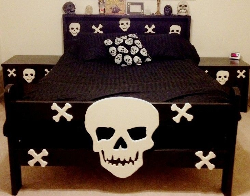 Twin size skull bed with matching nightstan