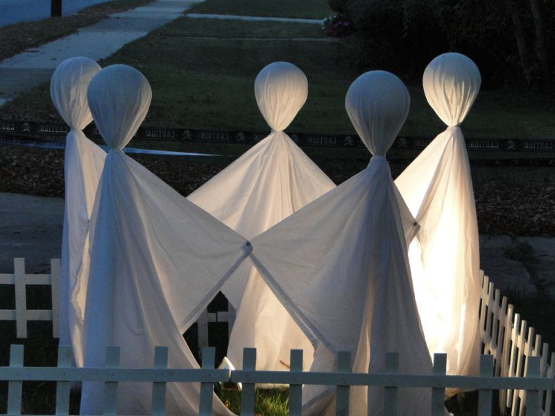 Halloween backyard decor