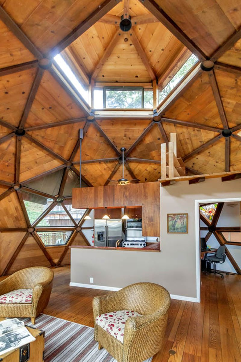 Californian couple builds awe-inspiring geodesic dome home in seven years