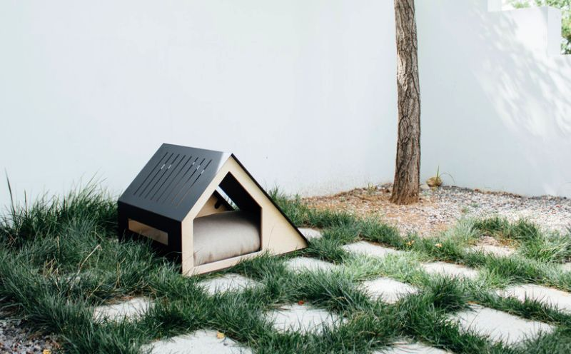 Deauville Dog house