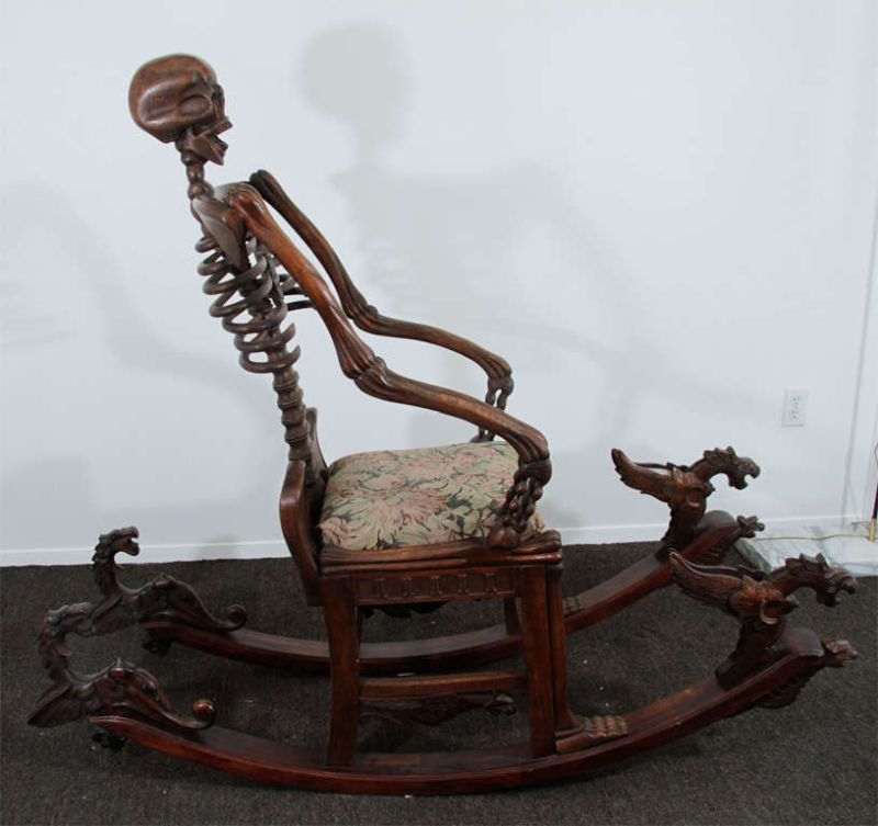 Momento Mori : skeleton rocking chair