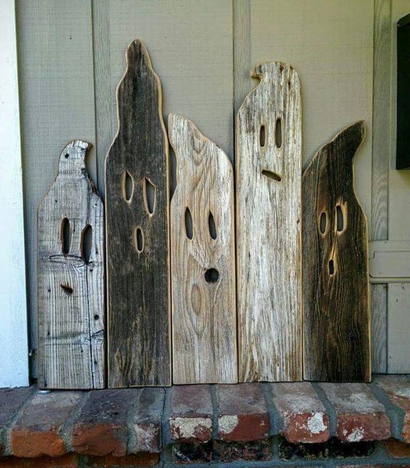 Pallet wood Halloween Ghosts