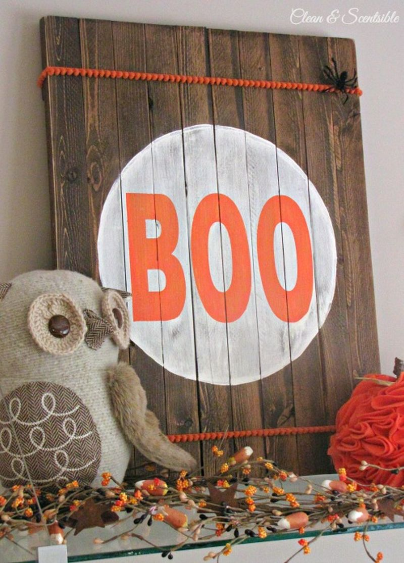 Pallet wood Halloween sign board