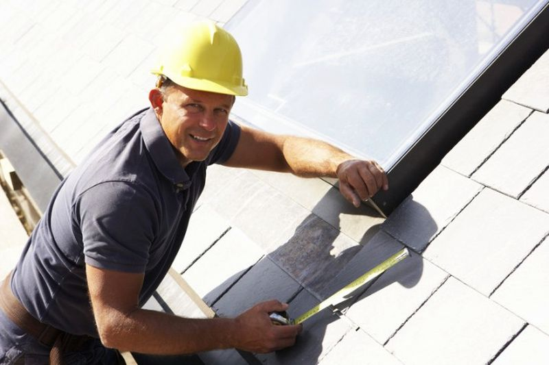 Tips to choose a right Roofing Contractor
