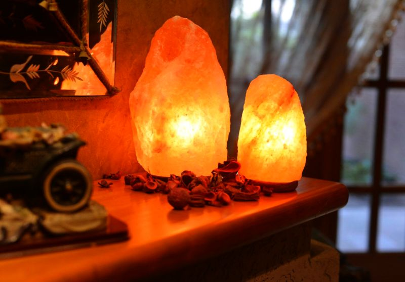 Salt lamp to purify home indoor air