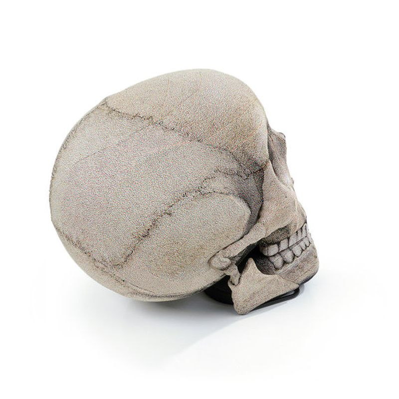 Skull Chair with movable jaw by Chic Sin Design