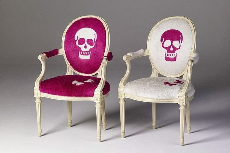 Skull chair by Geoffrey Bradfield
