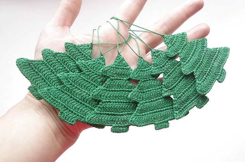 Attractive Crocheted Christmas Tree Ornaments Mathwatson