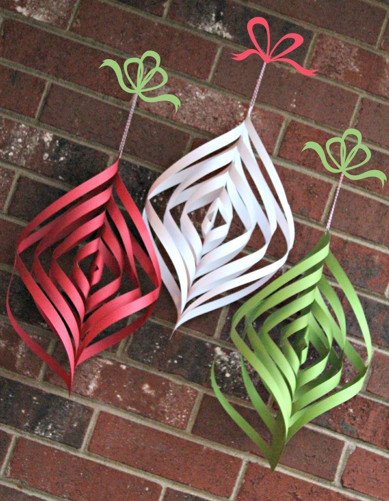 DIY paper Christmas spirals