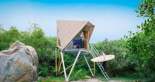 Kudhva: Prefab vacation cabins on stilts