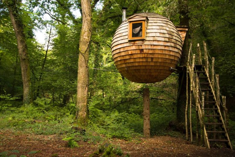 You Can Rent This Hanging Treehouse Pod For 128 Per Night