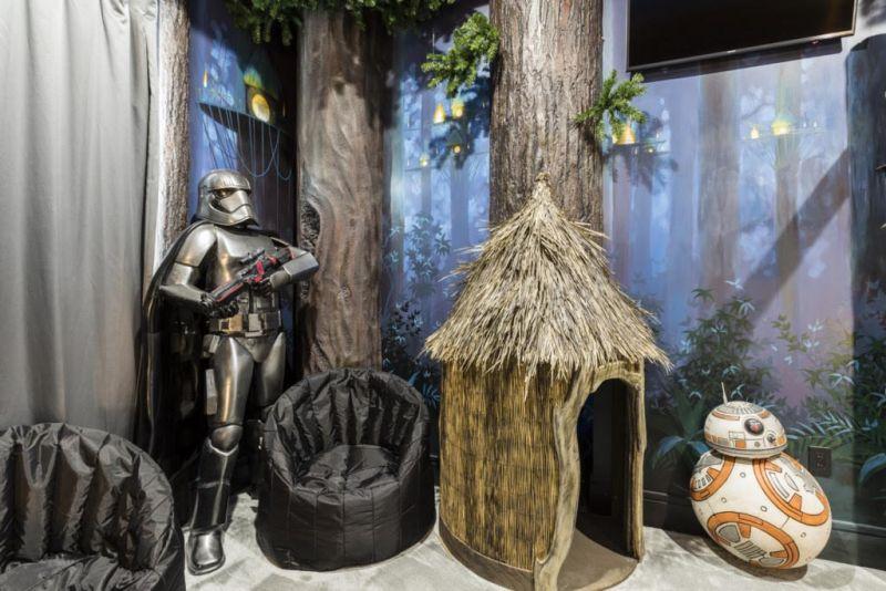 Star Wars-themed bedroom at Exclusive Private Villas in Orlando