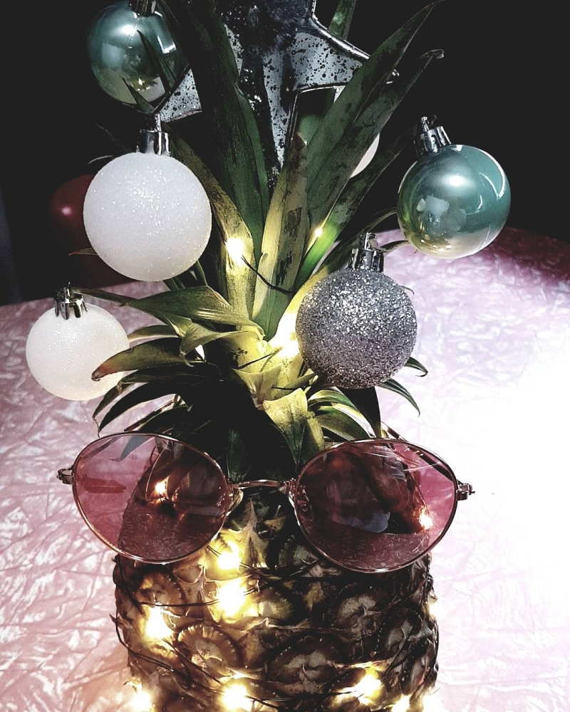 Pineapple Christmas Tree For Ones Who Like To Experiment