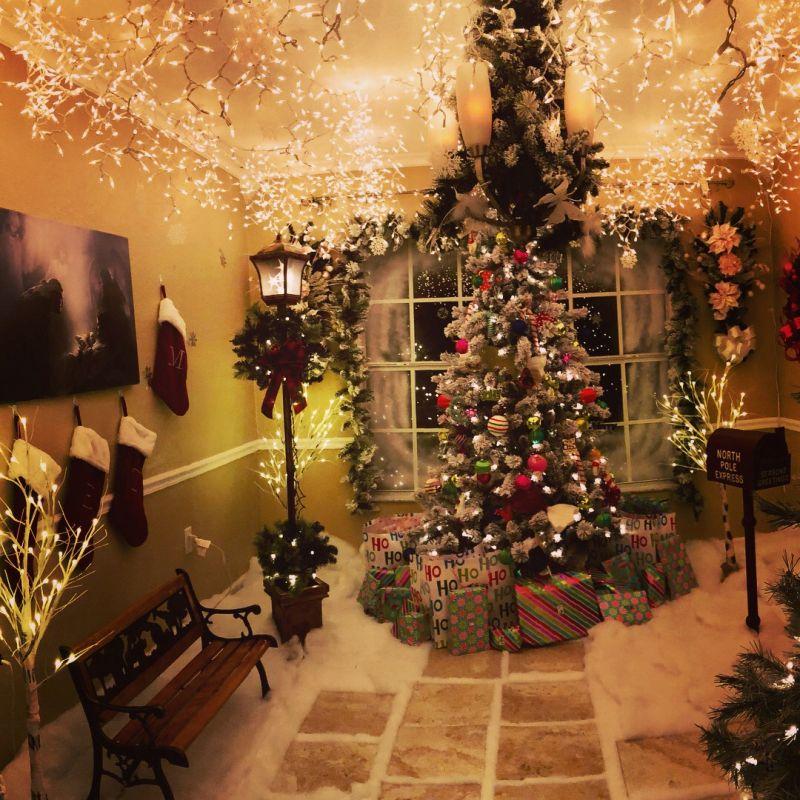 Chris Hanks-Christmas wonderland
