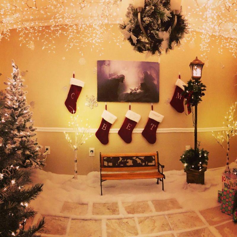 Chris Hanks-Christmas room