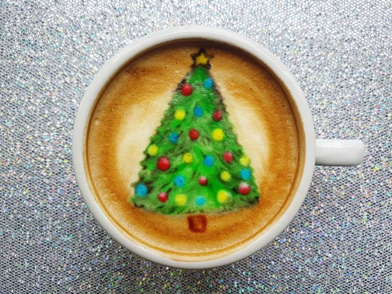 Christmas Tree Latte art - baristabrian