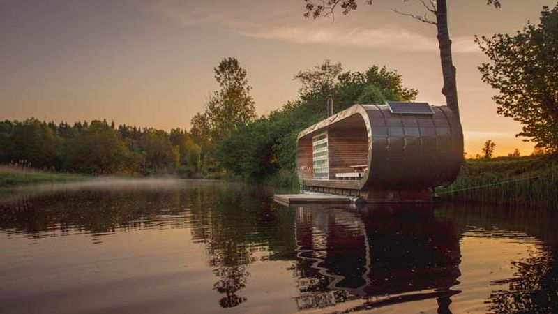 Floating sauna Siberia
