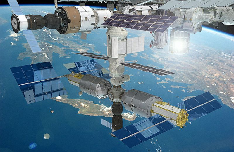 Luxury space hotel on the International Space Station by RKK Energia