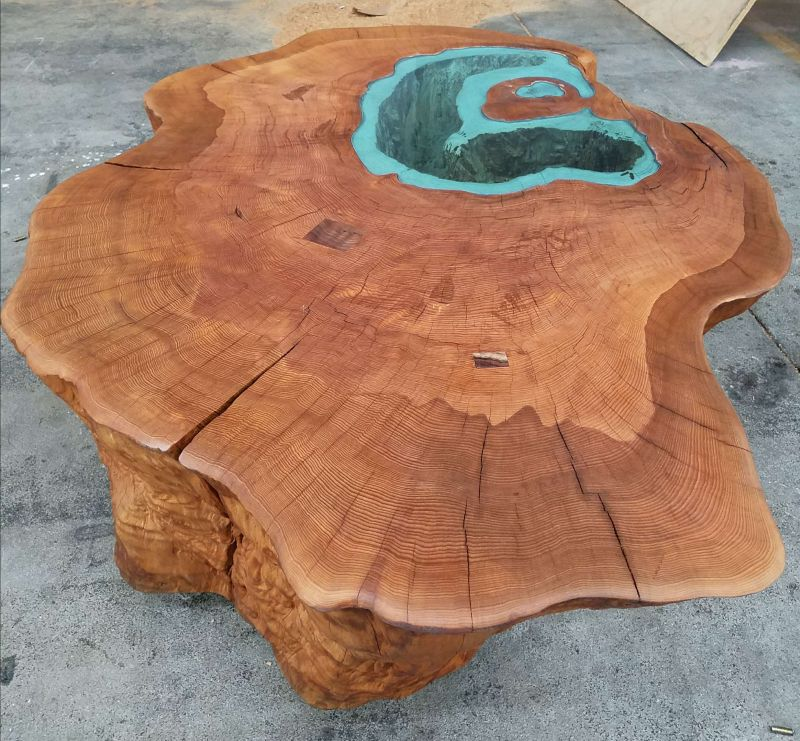 Man Builds Lake Coffee Table From A 400 Year Old Tree Trunk
