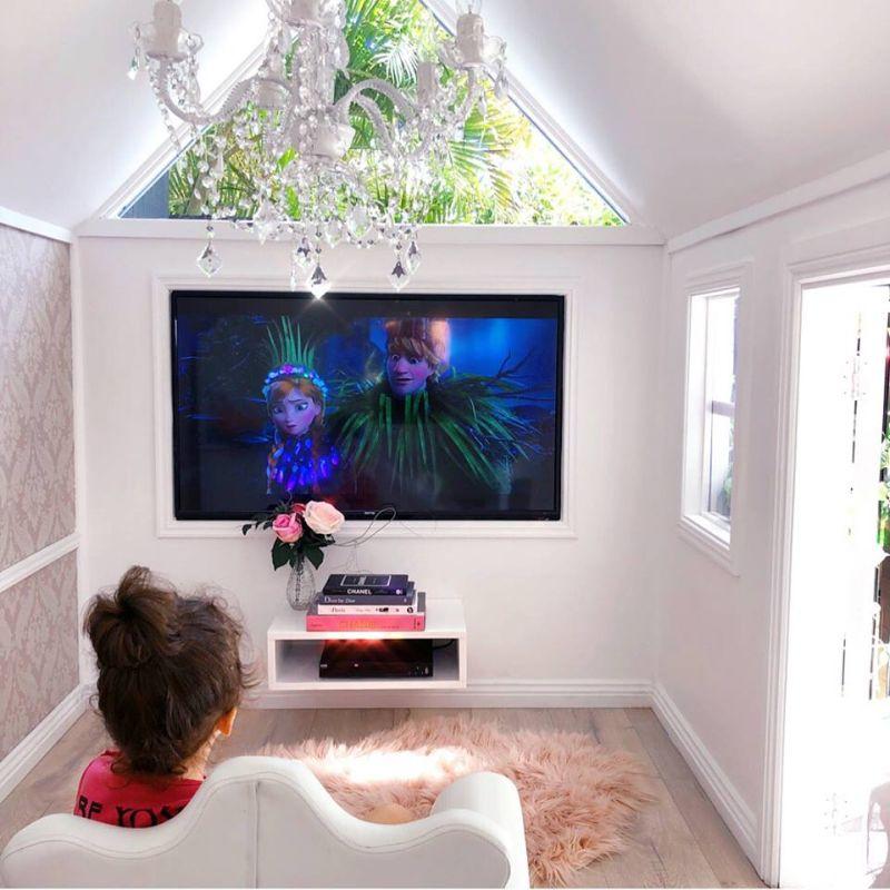 Millie-Belle Diamond luxurious playhouse