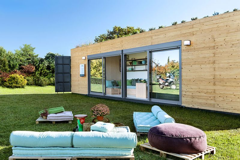 Modular shipping container home by Cocoon Modules