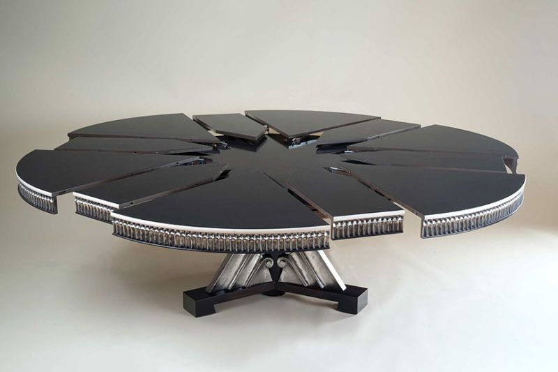 Rossi's Evolution is a remote-controlled expanding table