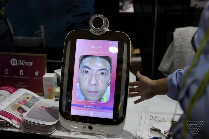 HiMirror-World's first wrinkle detector mirror