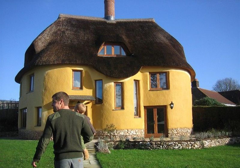 10 Best Cob Houses Amp The Benefits Of Building One