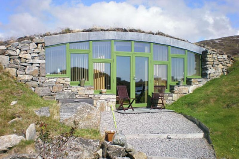 10 Finest Earth Sheltered Homes From