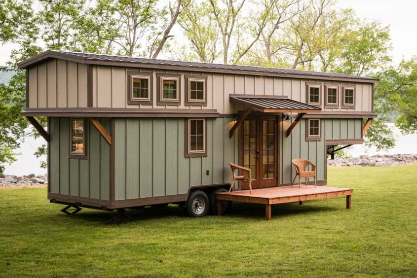 Retreat tiny house on wheels