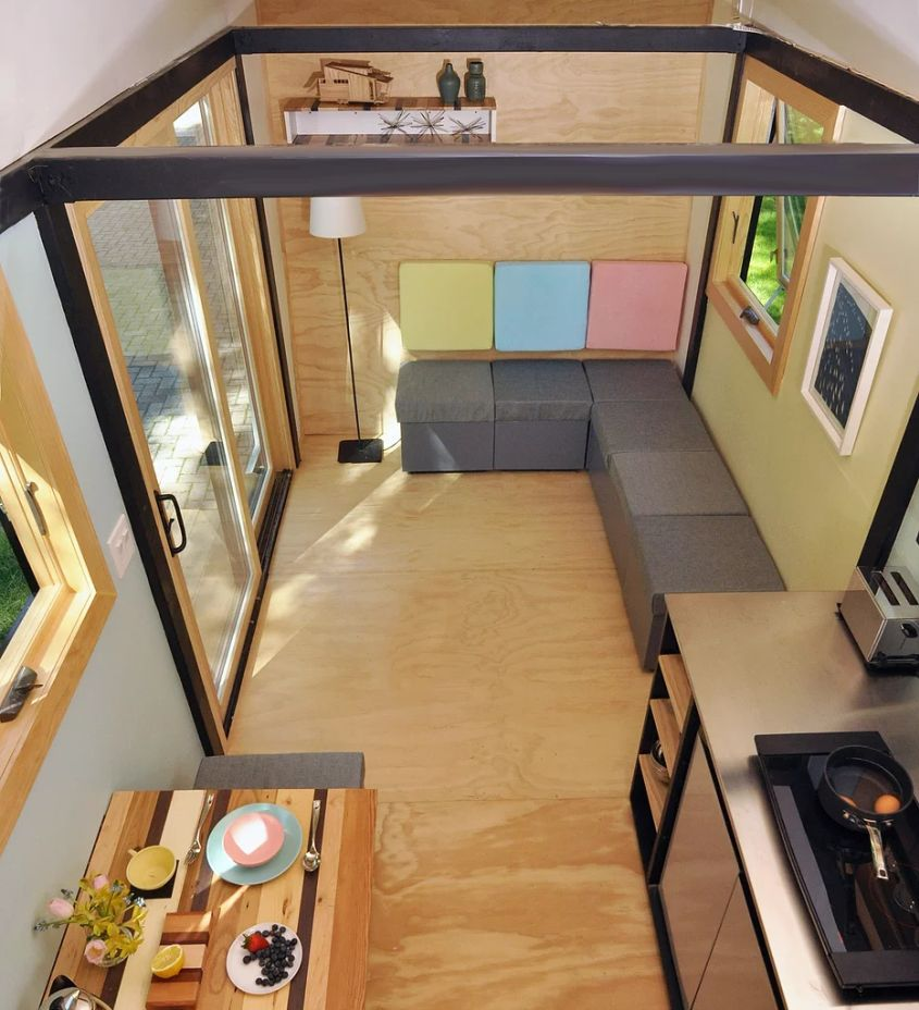 Good The Toybox Tiny House On Wheels This Colorful Tiny House On Wheels Measures  Just 140