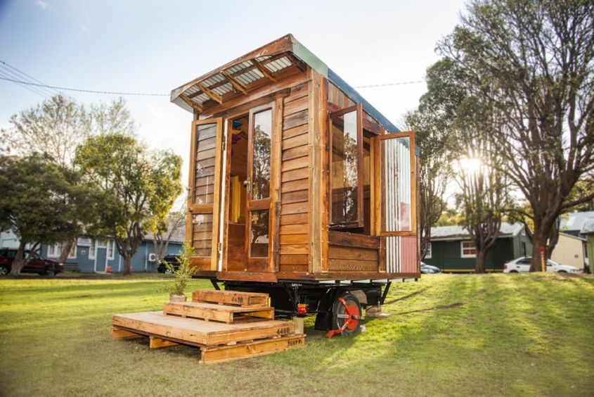 Tiny house on wheels by The Upcyclist