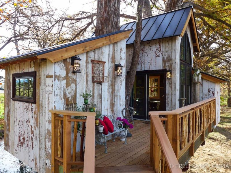 Treehouse Utopia Pete Nelson S Vacation Retreat For Laurel