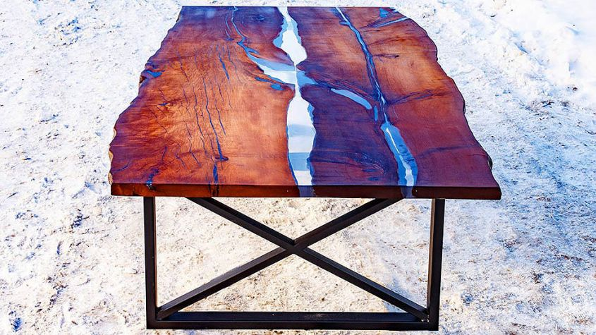 This Live Edge Dining Table Uses Epoxy Resin To Mimic Flowing River