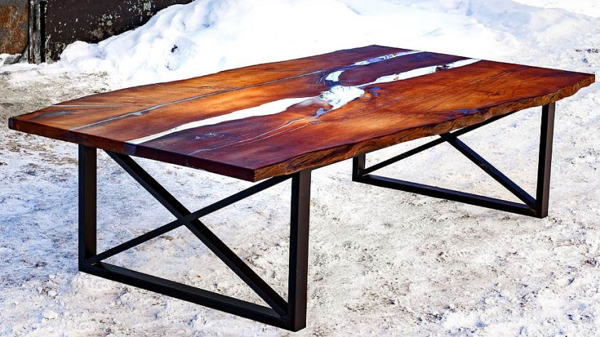 brand new 6b197 2ea35 This Live Edge Dining Table Uses Epoxy Resin to Mimic ...