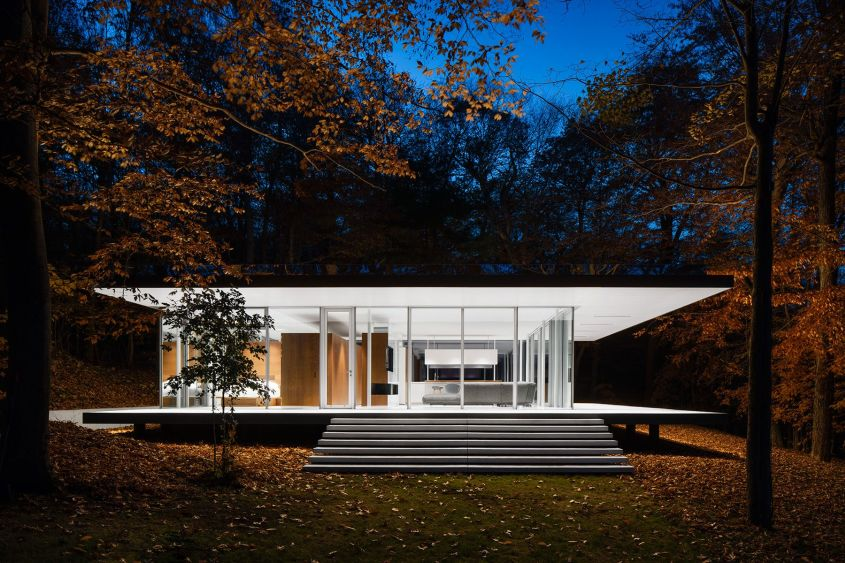 Lake Pavilion by Daoust Lestage